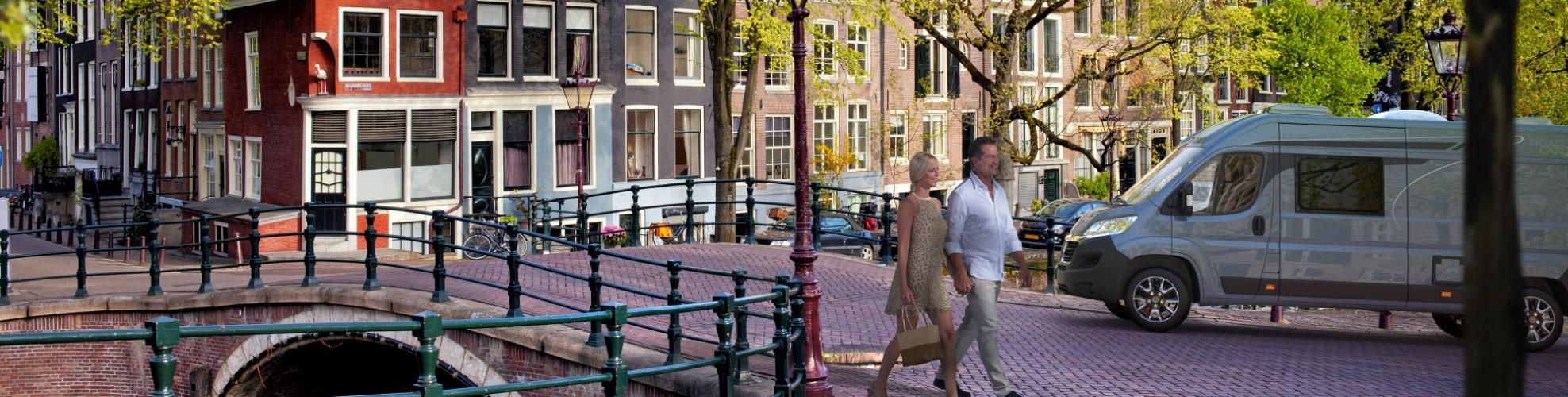 Roadcar v Amsterdame