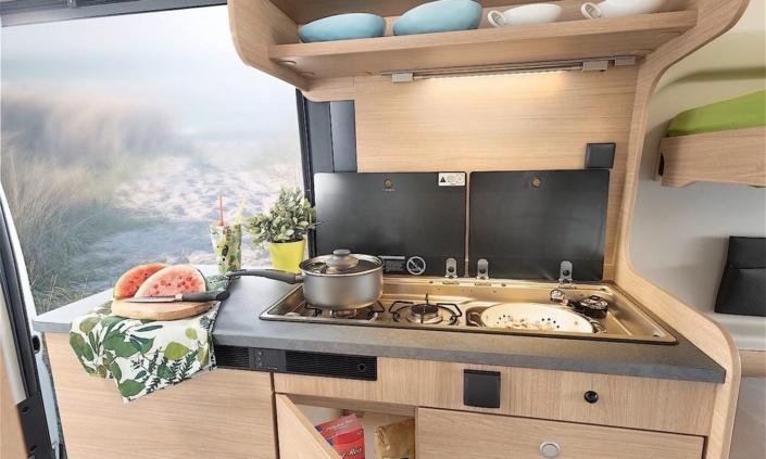 Roadcar R600 kuchyňa